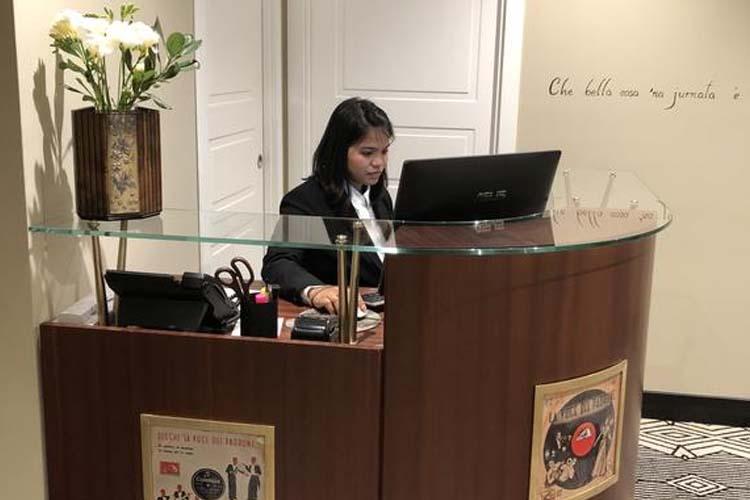 Reception - Caruso Place Boutique - Neapel