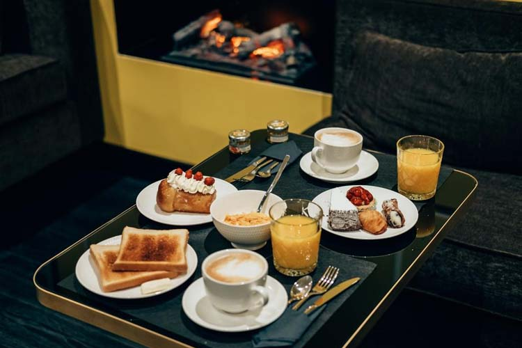 Breakfast - Caruso Place Boutique - Naples