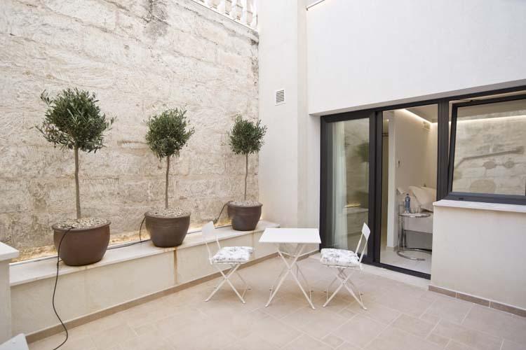Double Adapted Room 2 - Sindic Hotel - Mahón
