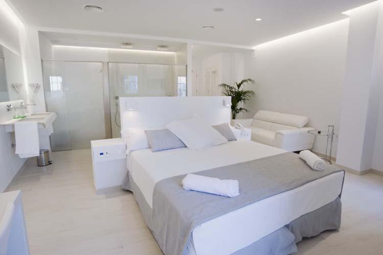 Suite Junior Deluxe Room 5 - Sindic Hotel - Mahón