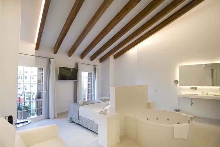 Suite Junior Deluxe Room 8 - Sindic Hotel - Mahón
