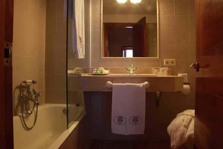 Bathroom - Son Granot - Es Castell