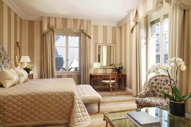 Premium King 229 - Hotel D'Angleterre - Genf