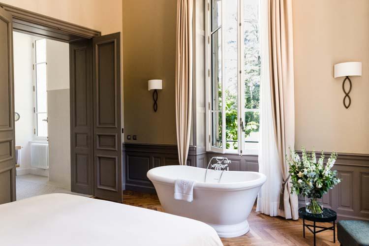 chateau de montcaud ein boutiquehotel in languedoc roussillon. Black Bedroom Furniture Sets. Home Design Ideas