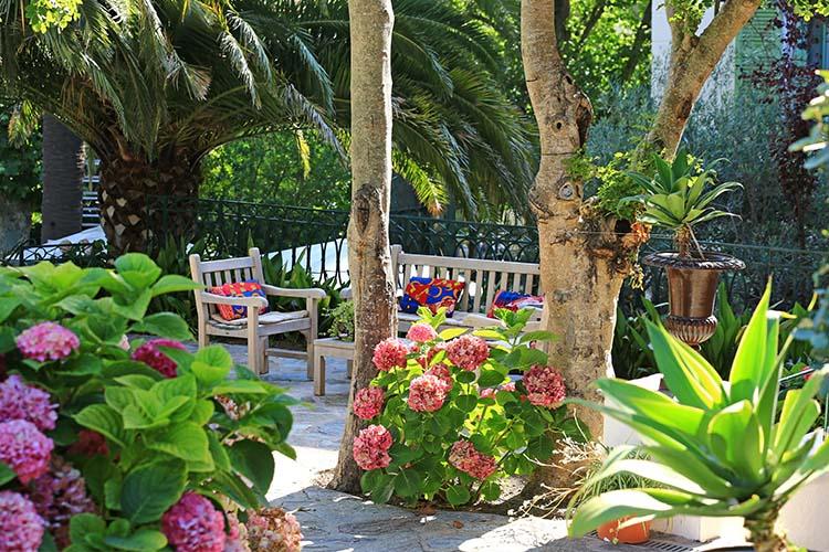 Garden - Hôtel Demeure Castel Brando - Erbalunga