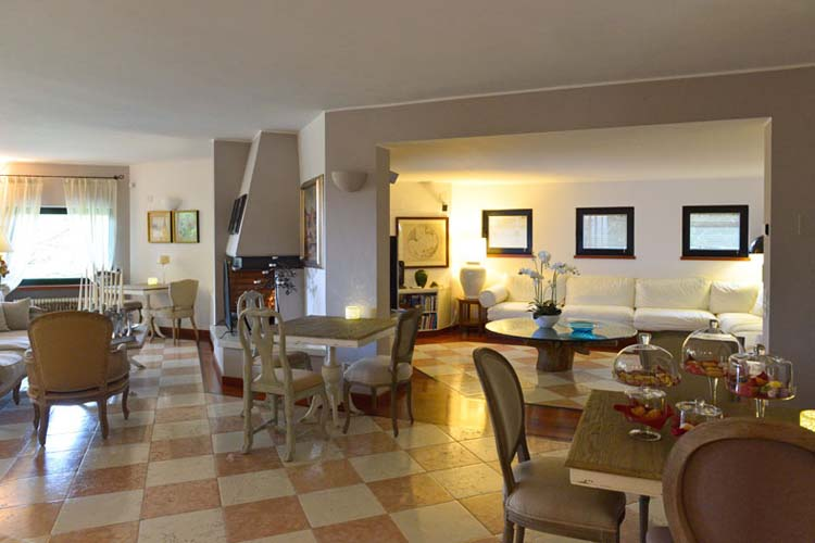 Living Room - Like Home Boutique - Azzano San Paolo