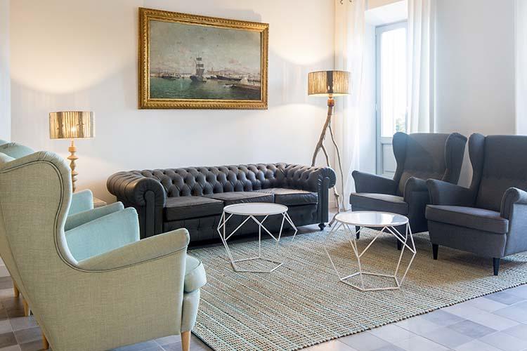 Living Room - Son Gris - Selva