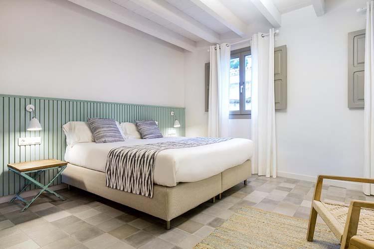 Almendro Double Room - Son Gris - Selva