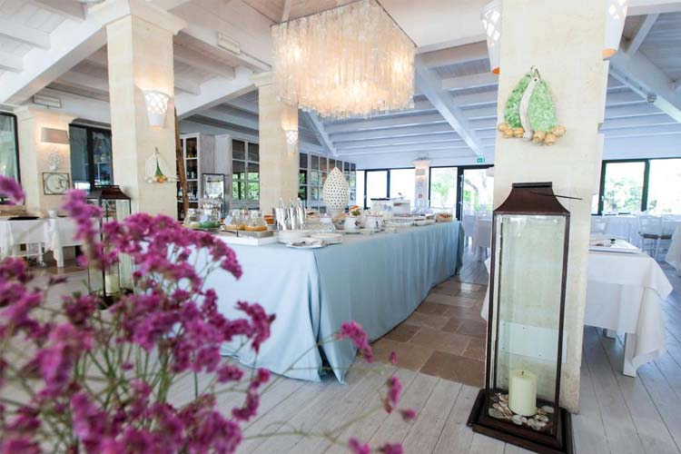 Breakfast Room - Canne Bianche Hotel & Spa - Torre Canne di Fasano