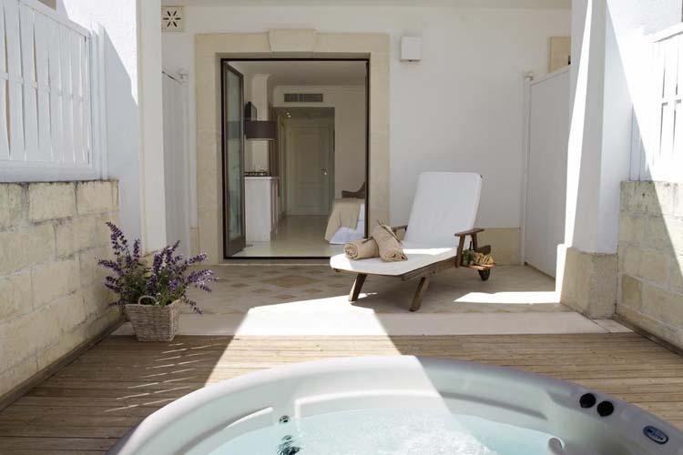 Superior Double Room - Jacuzzi - Canne Bianche Hotel & Spa - Torre Canne di Fasano