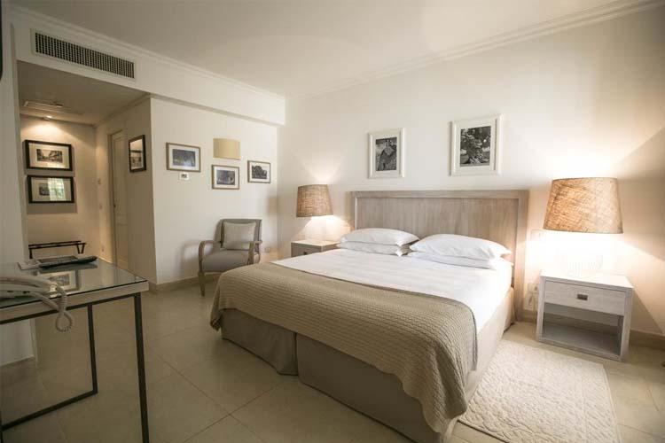 Suite with Private Pool - Canne Bianche Hotel & Spa - Torre Canne di Fasano