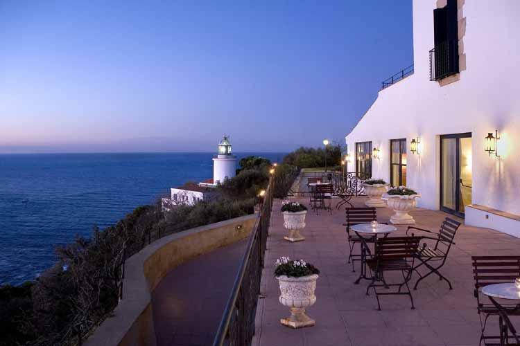 Terrace over the clift - Hotel El Far - Costa Brava