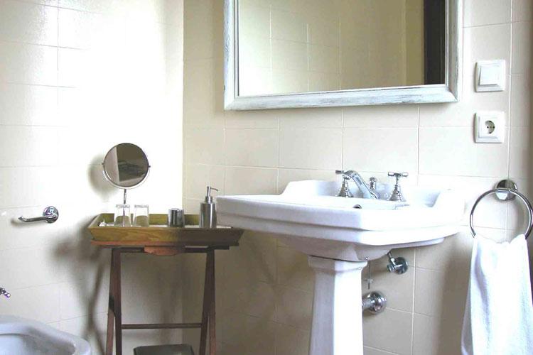 Aiguaclara Bathroom - Aiguaclara Hotel Begur - Costa Brava