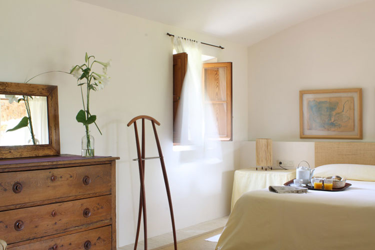 Finca son gener a boutique hotel in majorca - Cortinas para casas rusticas ...