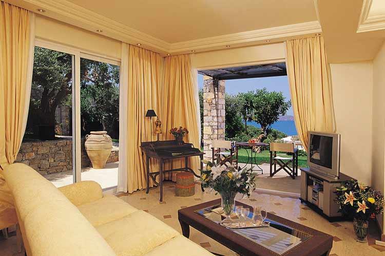 Luxury Senior Suite. Lounge - Elounda Gulf Villas & Suites - Elounda