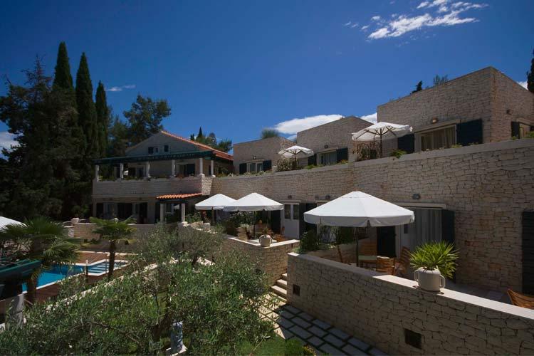 Vila bracka perla ein boutiquehotel in brac for Small great hotels