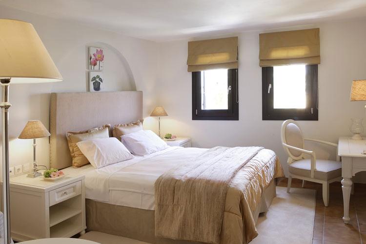 Suite Bedroom - Aegean Suites Hotel - Skiathos