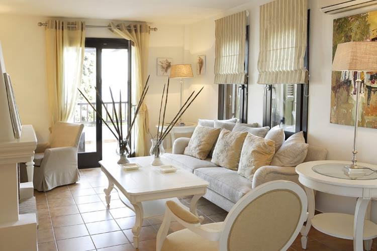 Standard Suite Living - Aegean Suites Hotel - Skiathos