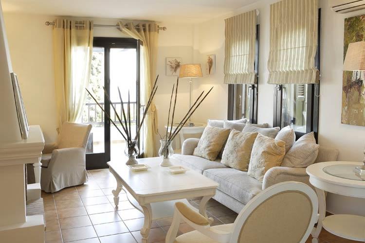 Deluxe Suite Living - Aegean Suites Hotel - Skiathos