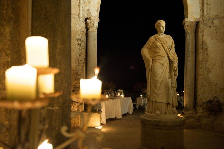 Outdoor Restaurant - Villa Cimbrone - Costa Amalfitana