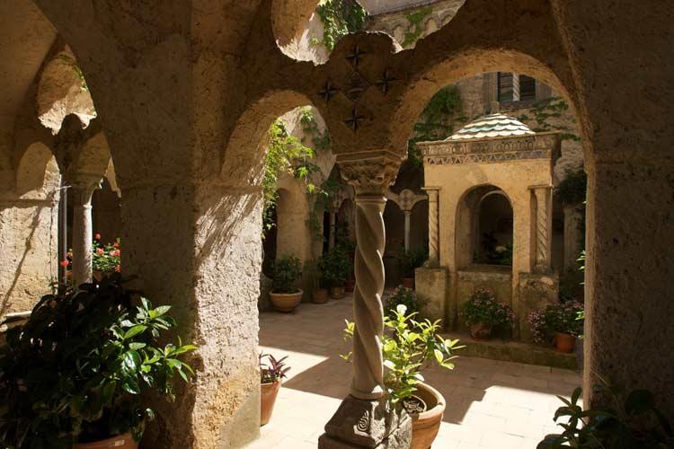 Cloister - Villa Cimbrone - Costa Amalfitana