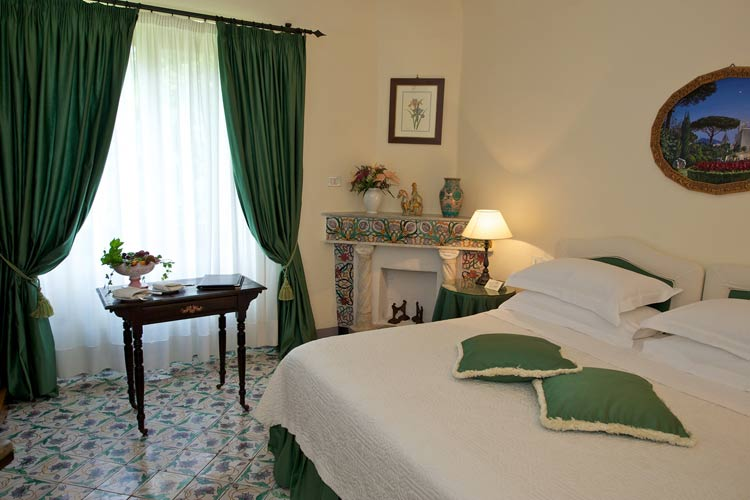 Standard Room - Villa Cimbrone - Costa Amalfitana