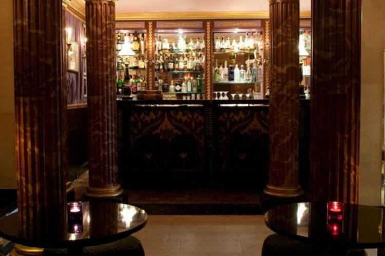 Bar - L'Hotel - Paris