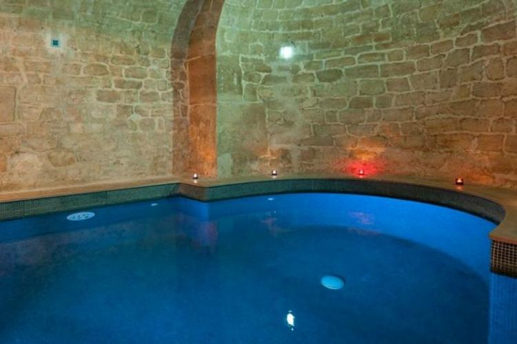 Pool - L'Hotel - Paris