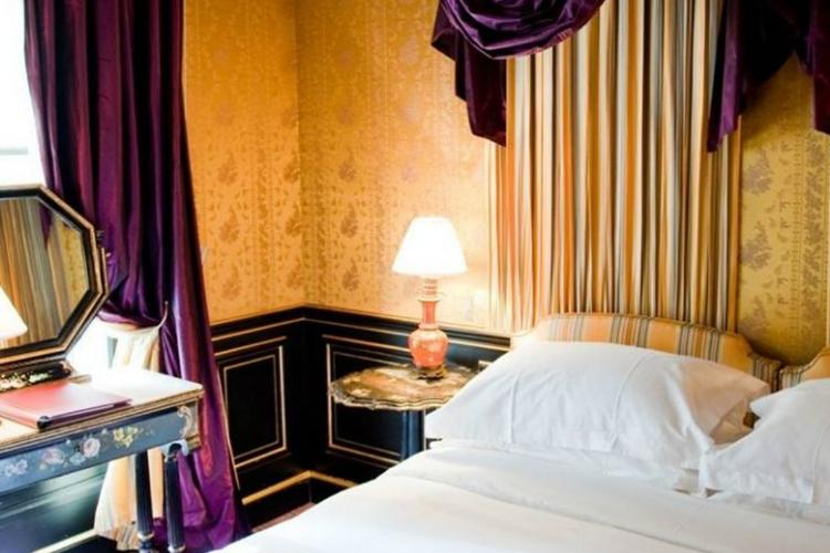 Bedroom Bijoux - L'Hotel - Paris