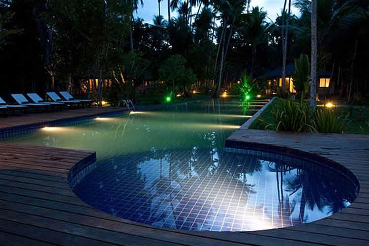 Pool at Nigth - Hotel Vila Dos Orixas - Morro de Sao Paulo
