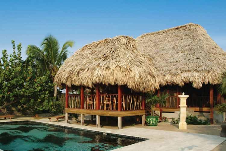 Family Pavilion - Turtle Inn - Placencia