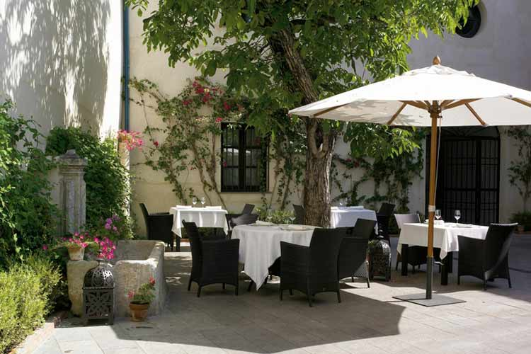 Courtyard - Palacio del Bailío - Córdoba
