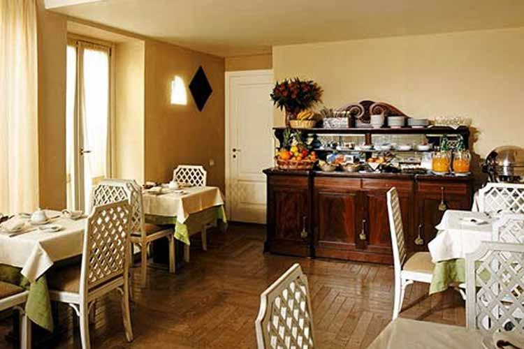 Breakfast - Hotel Costantinopoli 104 - Neapel