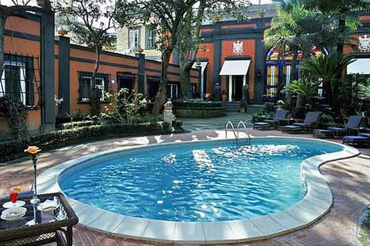 Swimming Pool - Hotel Costantinopoli 104 - Neapel