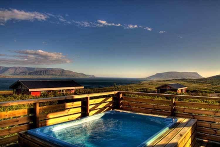 Swimming Pool - Hotel Glymur - Hvalfjordur