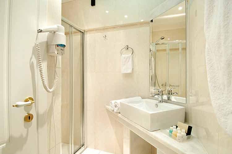 Bathroom - Acropolis Museum Boutique Hotel - Athens