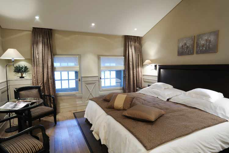Deluxe Double Room - Hotel les Armures - Genf