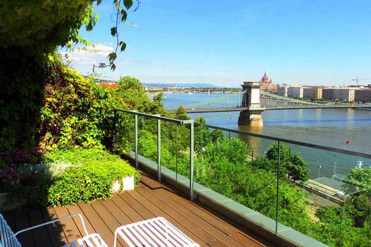 Terrace - Lanchid 19 Design Hotel - Budapest