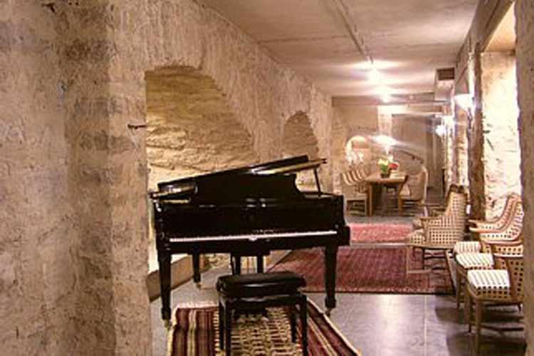 Wine Cellar - Burg-Hotel - Rothenburg ob der Tauber