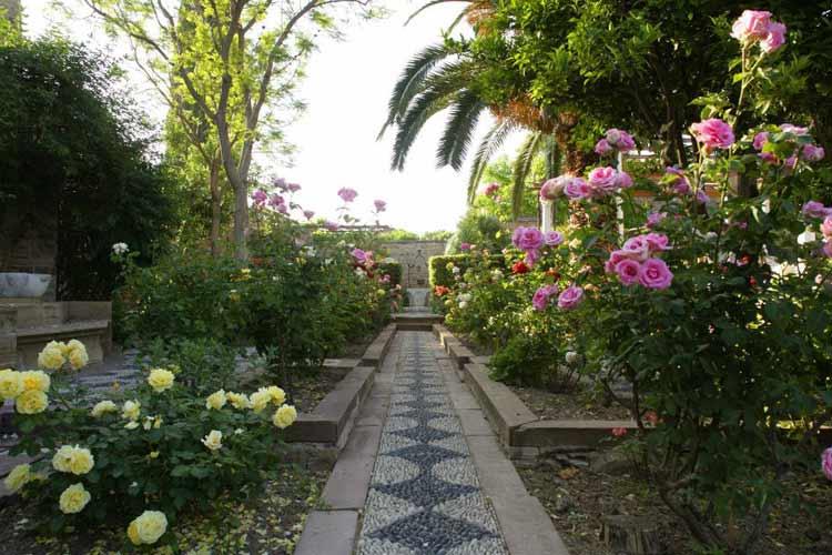 Garden - Argentikon Luxury Suites - Kampos