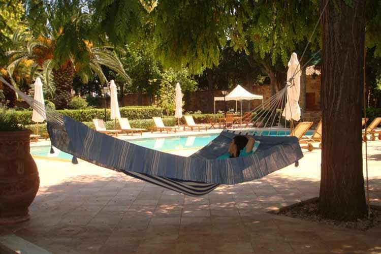 Swimming Pool - Argentikon Luxury Suites - Kampos