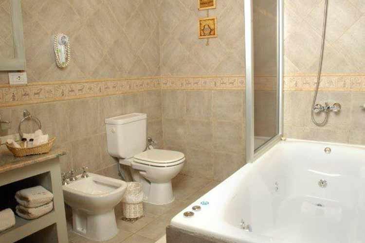 Lago Bathroom - La Cantera - El Calafate