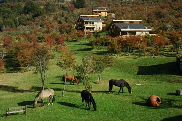 Exterior View - Hacienda Tres Lagos - Aisén