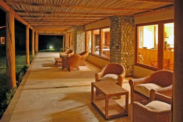 Porch - Hacienda Tres Lagos - Aisén
