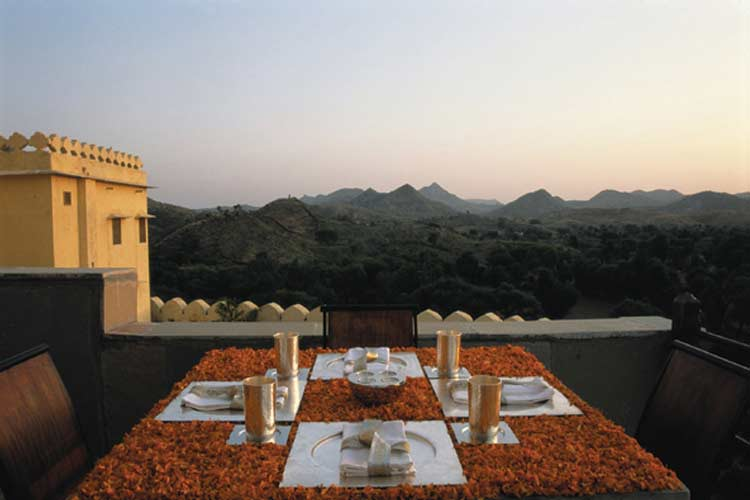 Roof Top Terrace - Devi Garh - Eklingji
