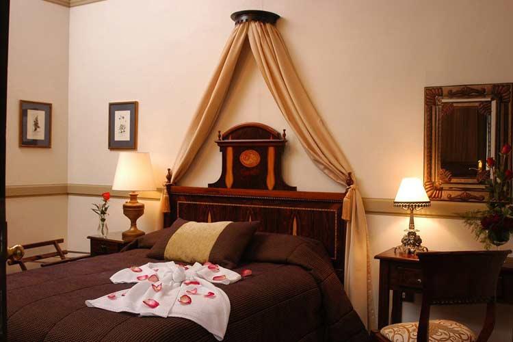 Canape Room - Boutique Hotel Mansion Alcazar - Cuenca