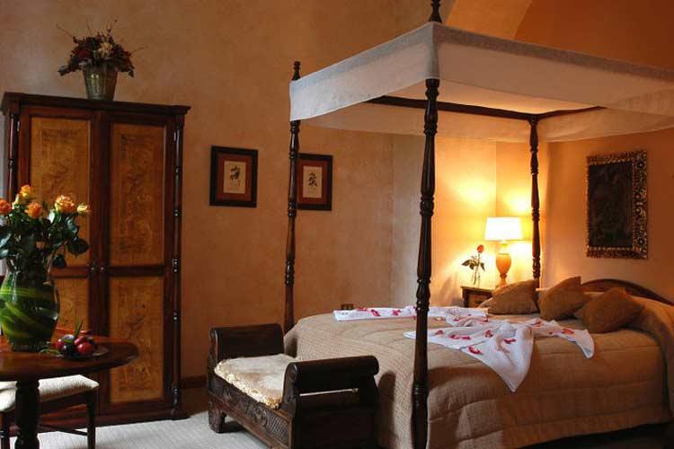 Peach Room - Boutique Hotel Mansion Alcazar - Cuenca