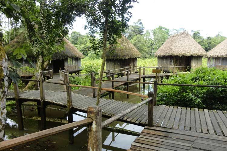 Exterior View - Kapawi Ecolodge - Territorio Achuar
