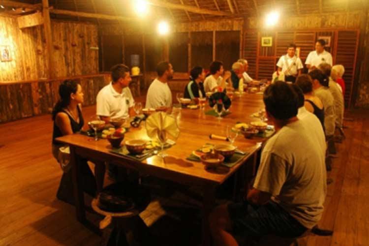 Restaurant - Kapawi Ecolodge - Territorio Achuar