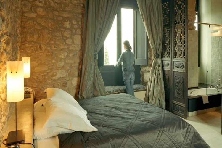 Castle Room - Castell d'Empordà - Costa Brava